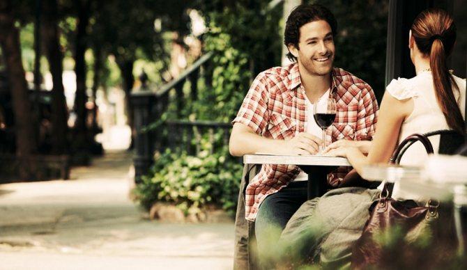 10 тем для разговора с парнем на первом свидании