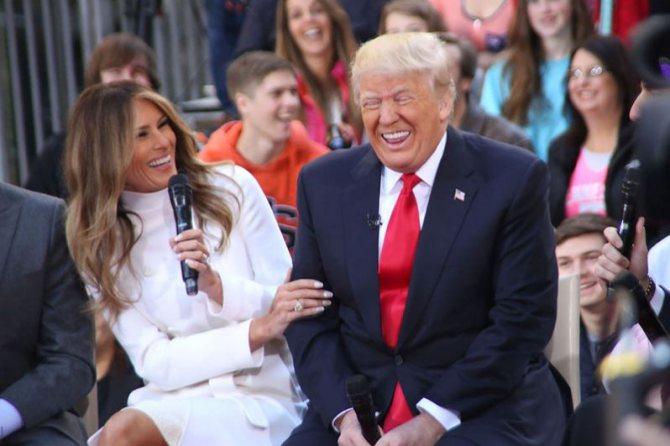 2016 год. Дональд и Меланья Трамп во время предвыборной гонки.