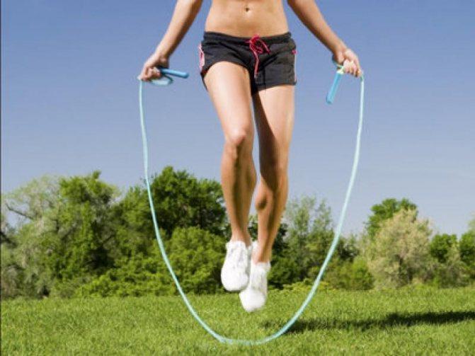 Упражнения со скакалкой для похудения мужчин