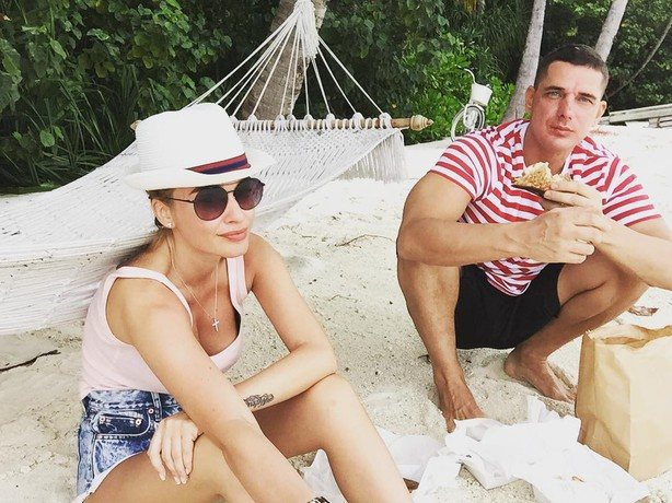 5 июля исполнился ровно год с момента свадьбы Ксении Бородиной и Курбана Омарова, однако супруги не праздновали годовщину