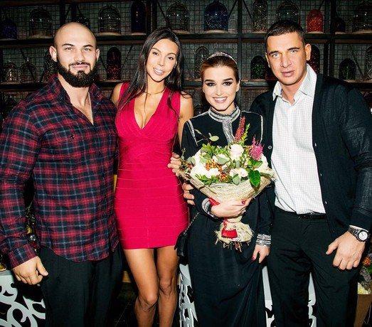 8 марта Ксения Бородина отметила 33-летие (на фото Джиган, Оксана Самойлова, Ксения Бородина и Курбан Омаров)