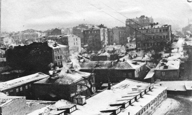 А это вид из его окна. 1938 год. / из личного архива автора
