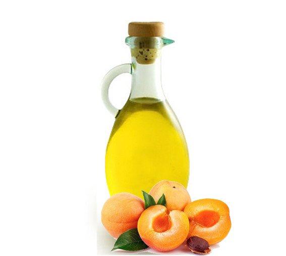 абрикосовое масло в бутылке