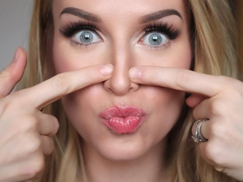 акцент на носе