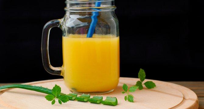 алоэ и апельсиновый сок