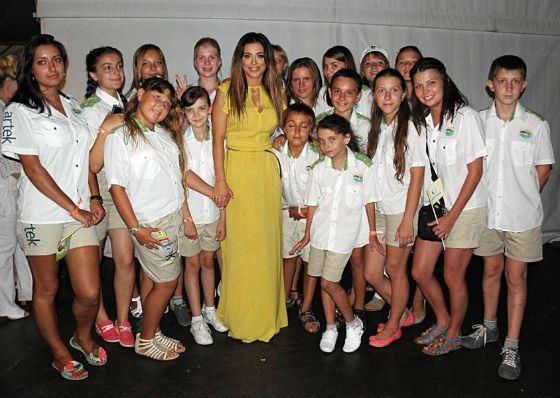 Ани Лорак: «Каждый ребенок должен жить в семье»