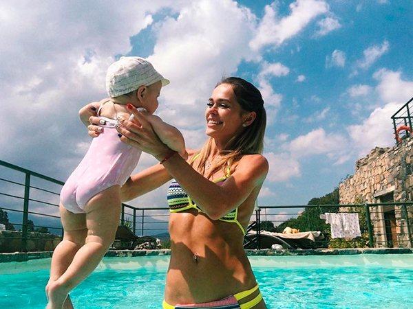 Анна Хилькевич с дочкой Арианной