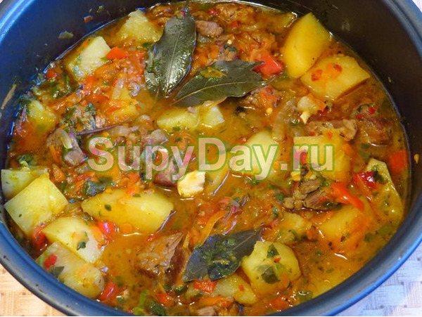 Ароматный суп - шурпа из молодой баранины по - узбекски