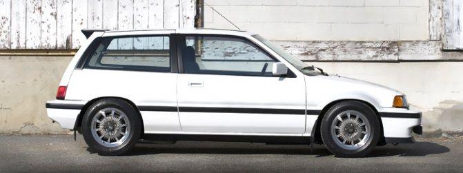 Автомобили 1980 годов. Наиболее подходящие для секса.