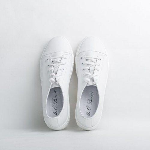 белые кеды