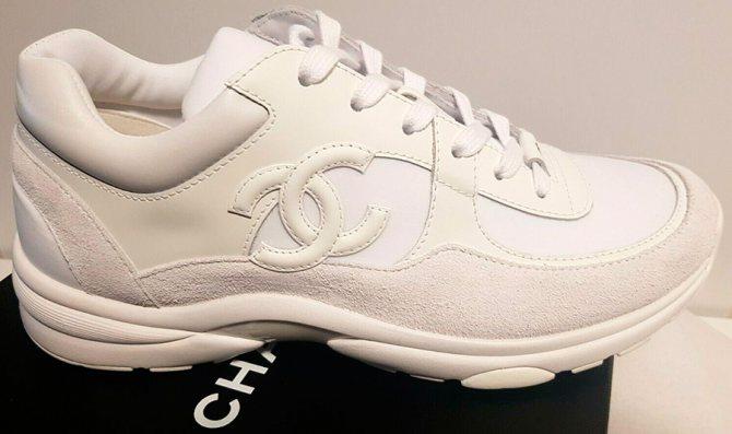 Белые кроссовки зимой