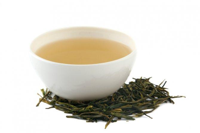 Белый чай оказывает лечебное действие