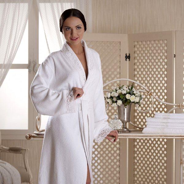 белый женский халат