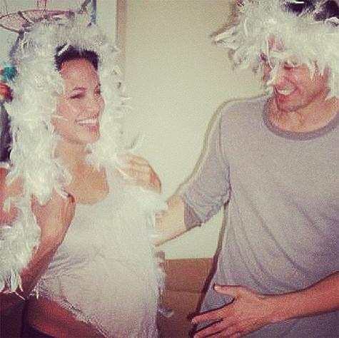 Беременная Анджелина Джоли и Брэд Питт. Фото: Instagram.com/angelinajolieofficial.
