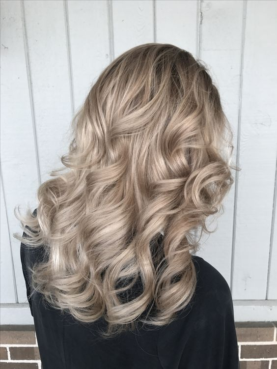Бежевый блонд
