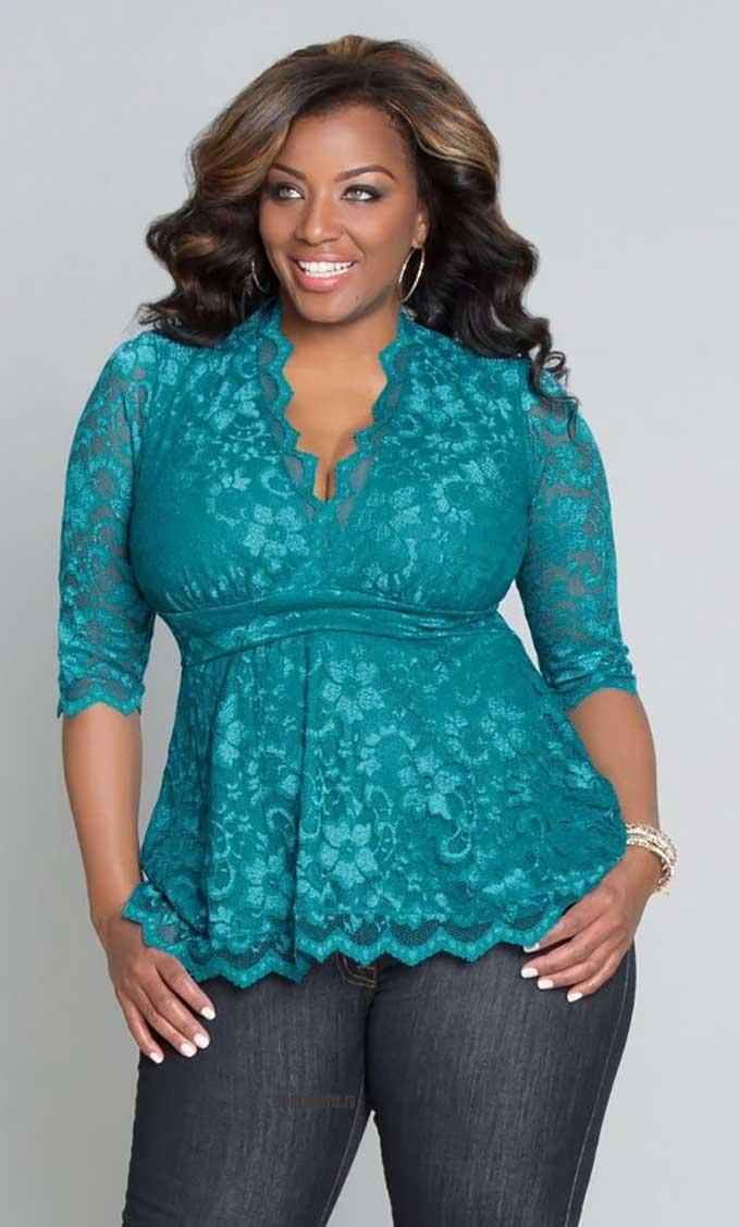 Блузка из кружева для полных женщин бирюзового цвета