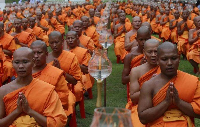 буддисты стригутся налысо
