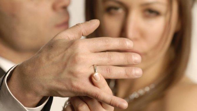 Быстрый способ убить свои чувства к мужчине, если он женат