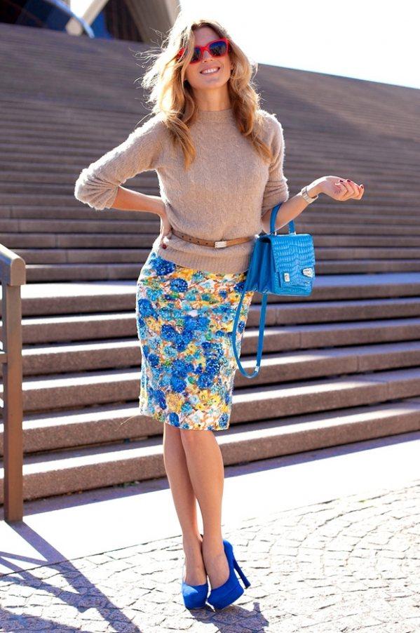 C чем носить юбку с цветочным принтом