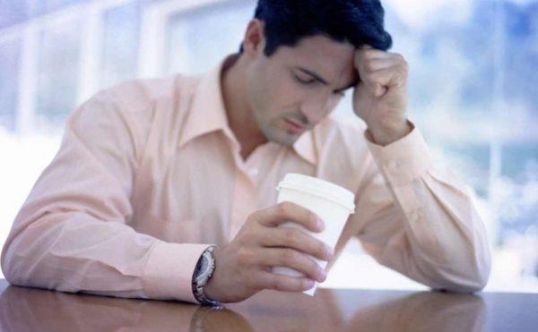 Часто ссоры возникают по причине слишком навязчивого контроля или недостатка внимания