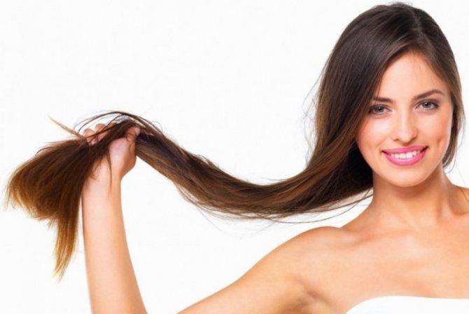 Частые прикосновения к волосам