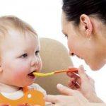 чем накормить ребенка в год