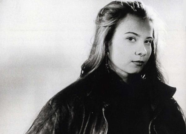 Черно белая фото Юли