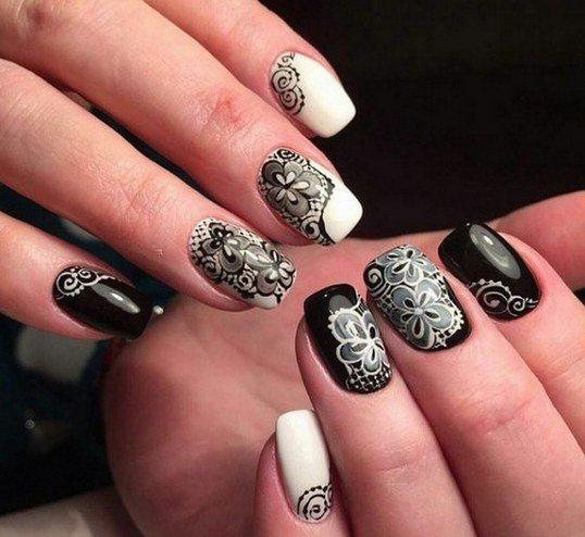 Черно белый френч на ногтях со стразами, рисунками, красивым дизайном. Идеи и фото