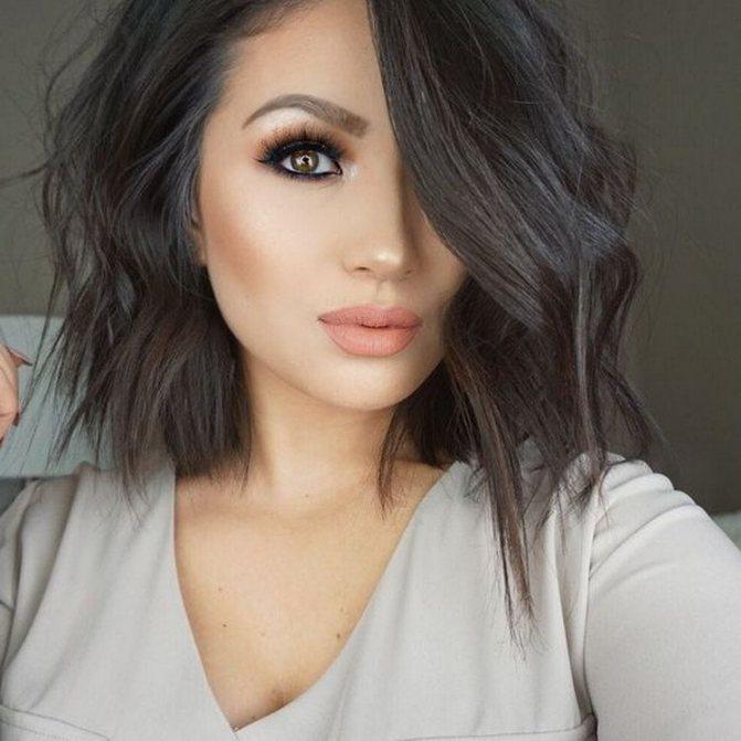 Черно-коричневый цвет волос