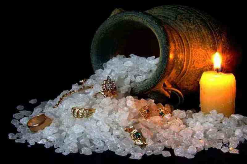 Четверговая соль от порчи, сглаза, сильный заговор на богатство