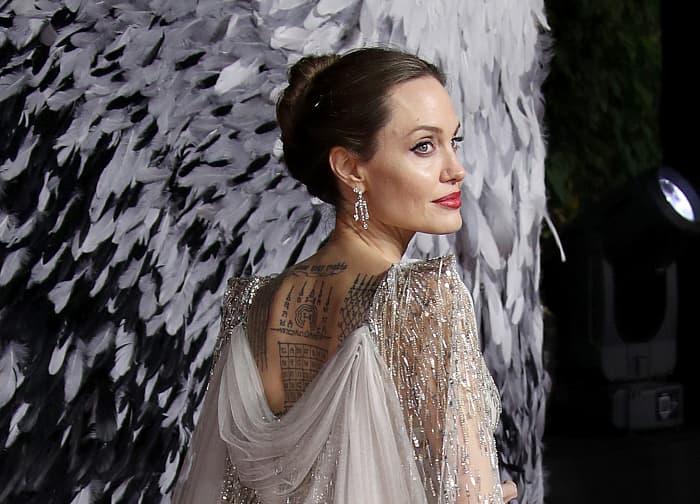 Что значат татуировки Анджелины Джоли, Дэвида Бекхэма, Джареда Лето и других звезд фото № 1