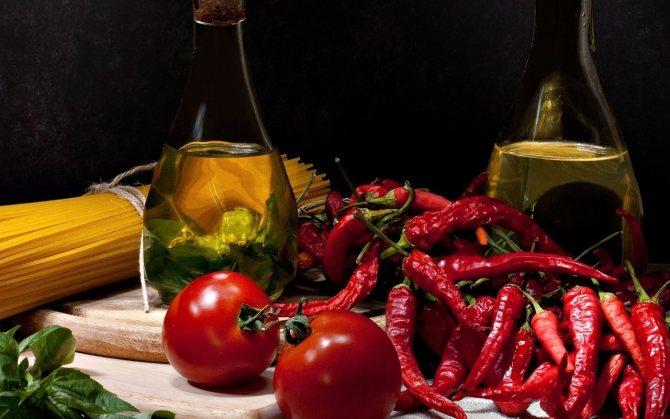 Чтобы не пересушить ногти и кожу, добавьте в маску больше оливкового масла