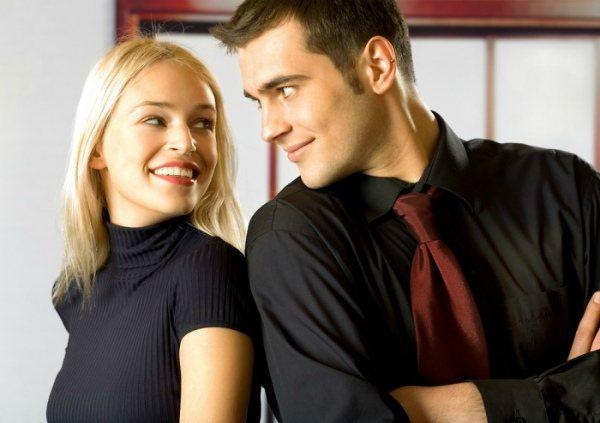 Чтобы влюбить в себя парня стремитесь к близкому общению