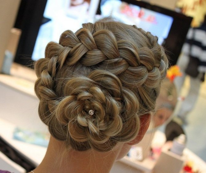 Цветок из косы наоборот