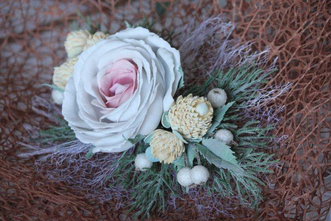 Цветы в причёске невесты, фото № 4