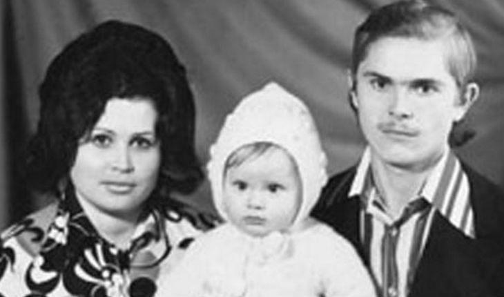 Дана Борисова с родителями