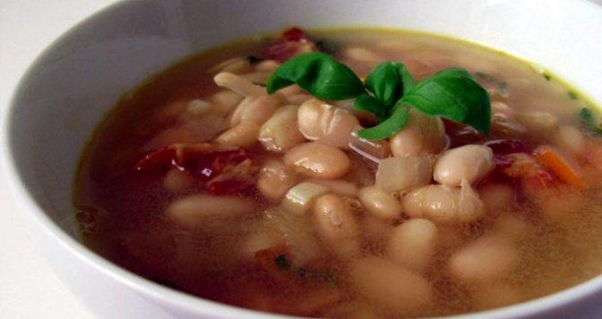 деитический суп с белой фасолью