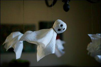 Декорации на Хэллоуин своими руками: украшение комнаты с фото и видео