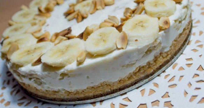 десерт с маскарпоне и бананом