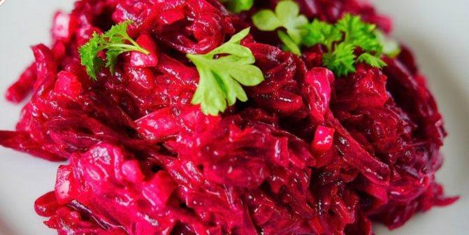 Диетический салат из свеклы