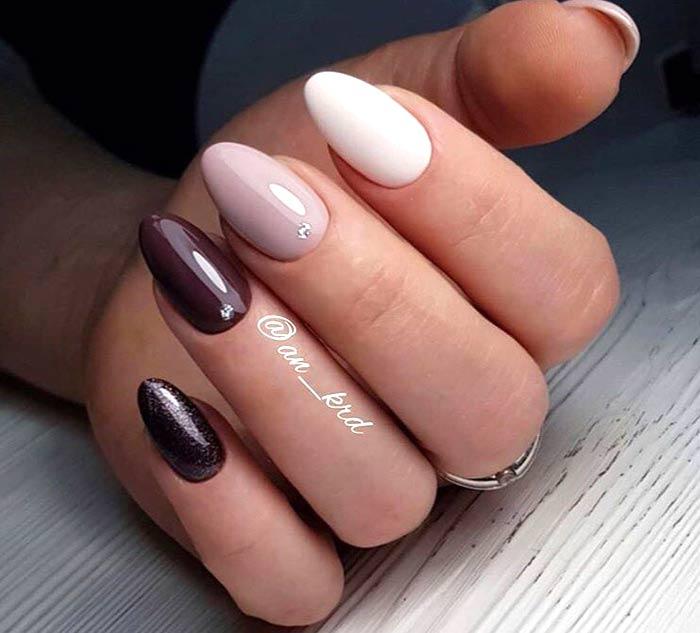 Дизайн ногтей точка (на острой форме)