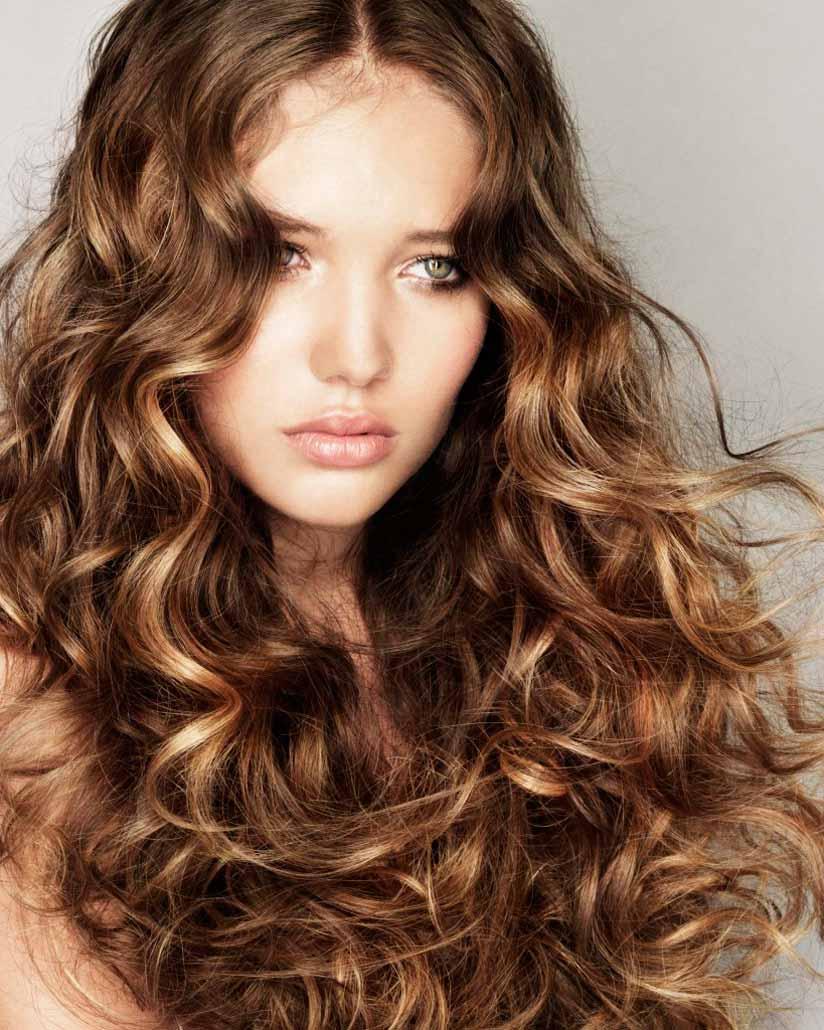 Длинные волосы с завивкой