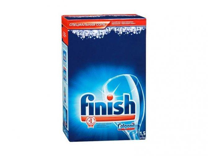 Для качественной очистки посуды от налета необходимо использовать специальную соль Финиш