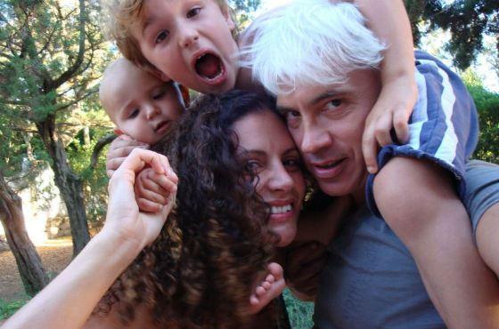 Дмитрий Хворостовский с семьей