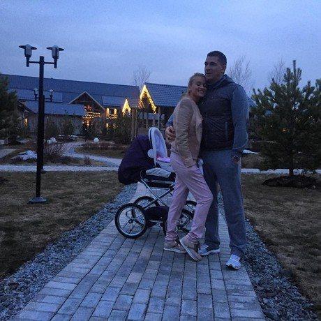 Дочери Ксении Бородиной и Курбана Омарова недавно исполнилось 4 месяца