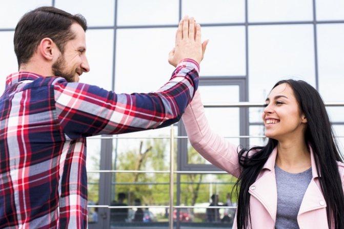 дружба между бывшими парнем и девушкой
