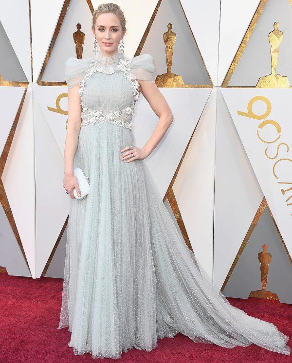 Эмили Блант в Schiaparelli Haute Couture