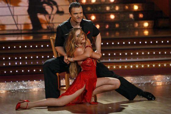 Епифанцев участвовал в «Танцах со звездами» в паре с Анастасией Новожиловой