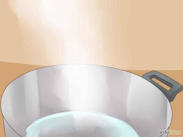 Этап 1: поставьте на огонь кастрюлю с водой