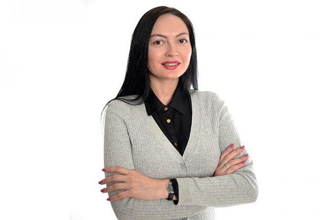 Евгения Бобровская, тренер по гимнастике для лица Фото: Виктор ГУСЕЙНОВ